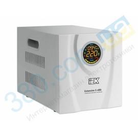 Стабилизатор напряжения Extensive 5 кВА релейный электронный переносной IEK (1)